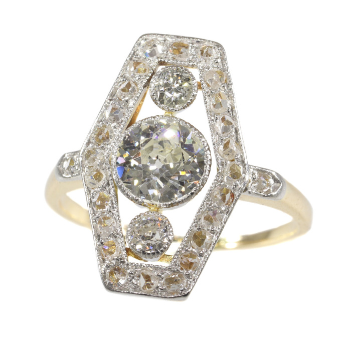Vinage diamond engagement ring from the Belle Epoque Era by Unknown